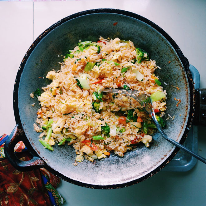 Pan of Malaysian fried rice